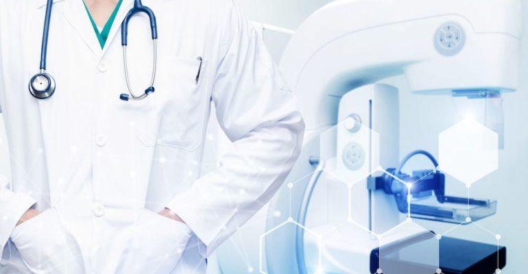 Karcinom dojke je zloćudni tumor tkiva dojke na koju utiče: nasleđe, hormonske promene (rana menarha, kasna menopauza, hormonska terapija), nerađanje, nedojenje, kasni prvi porođaj itd.